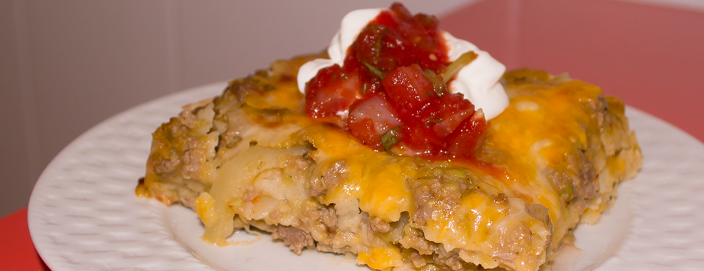 This cuban lasagna is one of my favorite meals! With the use of turkey meat and fresh tomatillo salsa it's a healthy mix compared to the traditional lasagnas.