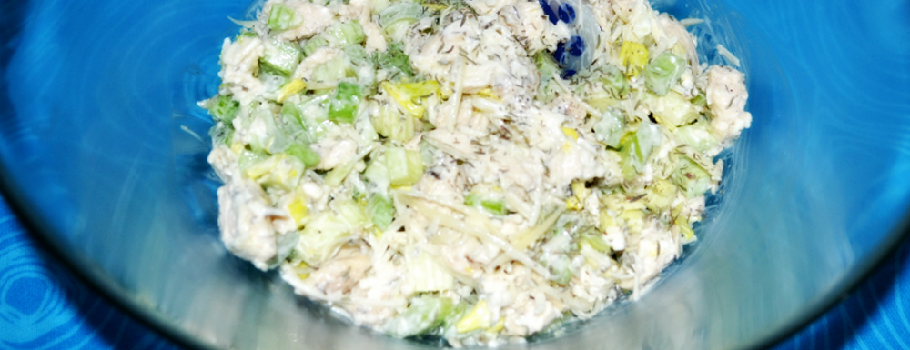 This summer chicken salad is a perfect recipe to be shared with friends or lunches for the week. It uses simple ingredients and can be stored for up to a week. Eat it alone, or own your favorite bread or wrap. Delicious!